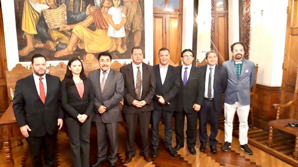Convenio de colaboración entre la RIJIA México y el IIECA Bolivia